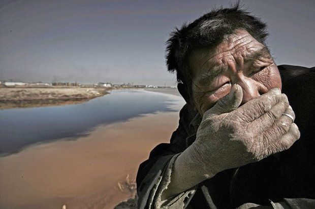 20-shocking-photos-of-humans-slowly-destroying-planet-earth-10.jpg