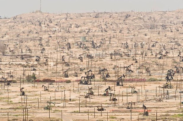 20-shocking-photos-of-humans-slowly-destroying-planet-earth-11.jpg