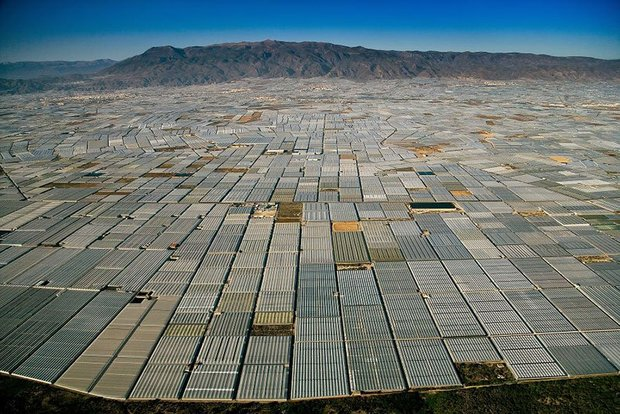 20-shocking-photos-of-humans-slowly-destroying-planet-earth-15.jpg